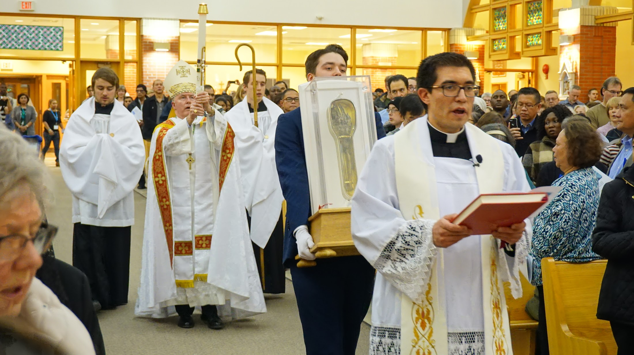 Nearly 10,000 pilgrims visit St Francis Xavier's relic in Calgary