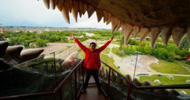 Inside the World's Largest Dinosaur